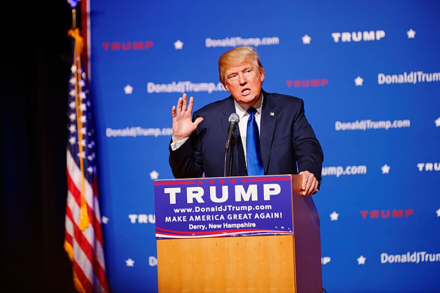 mr_donald_trump_new_hampshire_town_hall_on_august_19th__2015_at_pinkerton_academy__derry__nh_by_michael_vadon_02.jpg