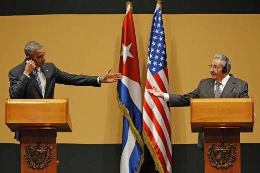 0998_cuba_obama_castro_day.jpeg