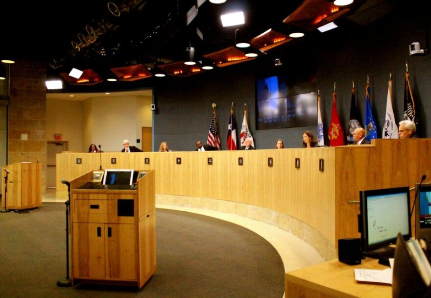 Austin_City_Council_Dais_.jpg