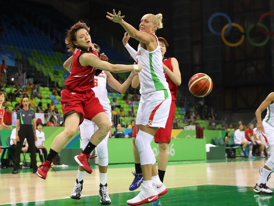 Yelena Leuchanka (right) plays during a Women's Basketball Preliminary Round game on Day 1 of the Rio 2016 Olympic Games in 2016. She was detained for 15 days this year after protesting against the regime of Belarus President Alexander Lukashenko.