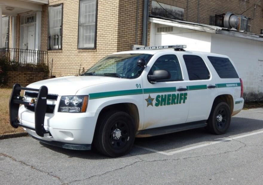 washington_county_sheriff_s_car.jpg