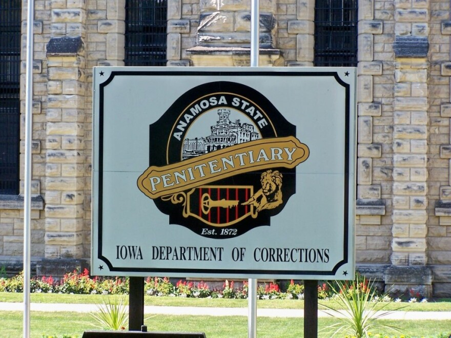 Anamosa_State_Prison_0.jpg