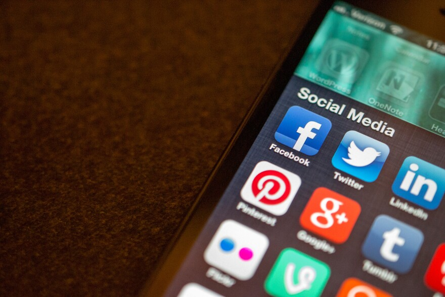 socialmediaapps.jpg