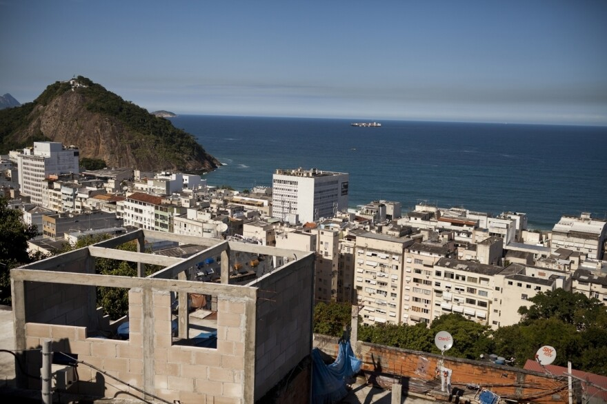 The small, hillside community of Babilonia, situated above the Leme and Copacabana neighborhoods in Rio de Janeiro, has ocean views.