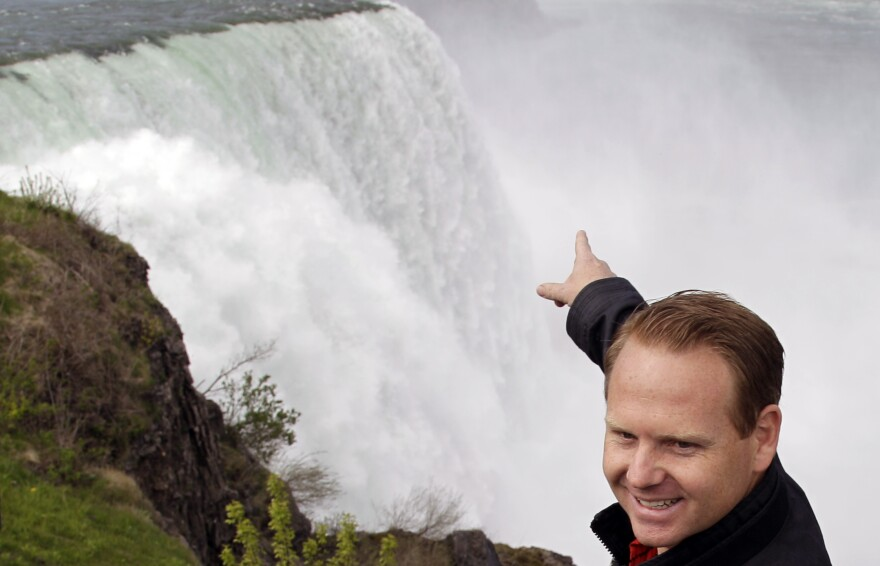 High-wire performer Nik Wallenda will try to cross the Niagara Gorge on a tightrope this Friday. The seventh-generation member of the Flying Wallendas spent months getting the necessary permissions from Canada and the United States for the cross-border stunt.