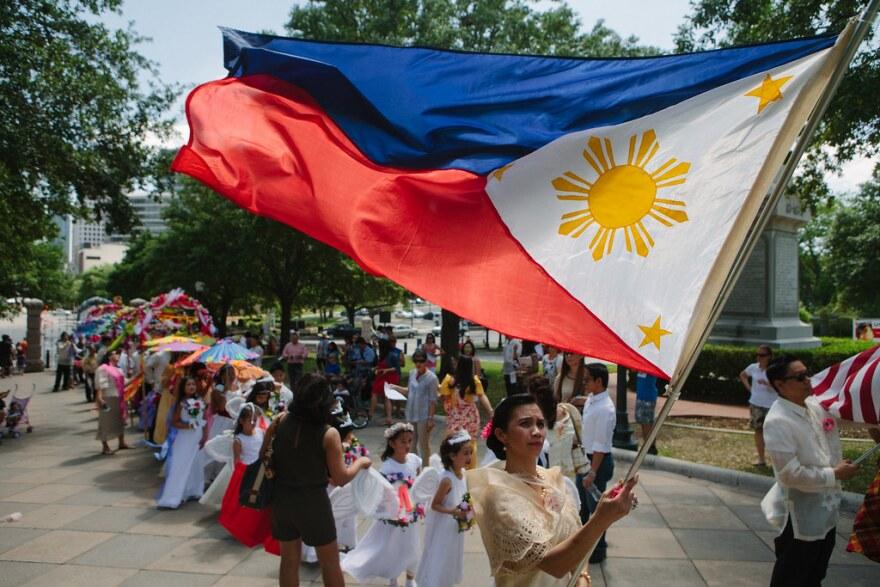 phillipinesflag.jpg