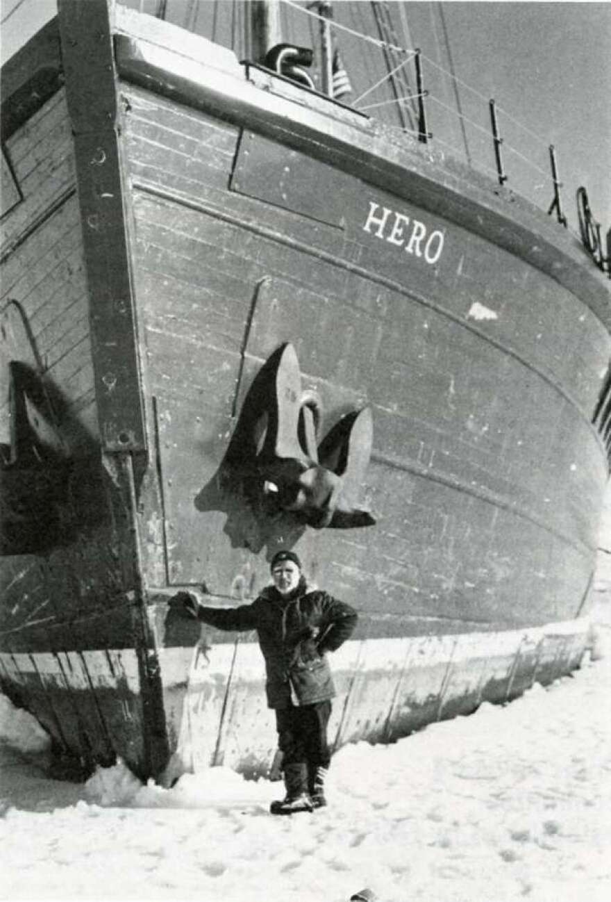 In December 1977, Captain Pieter Lenie, standing by the Hero, encountered particularly icy conditions.