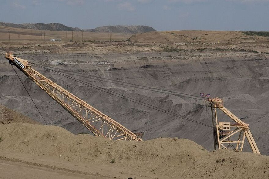 wyoming_coal_mining__3910815095_.jpg