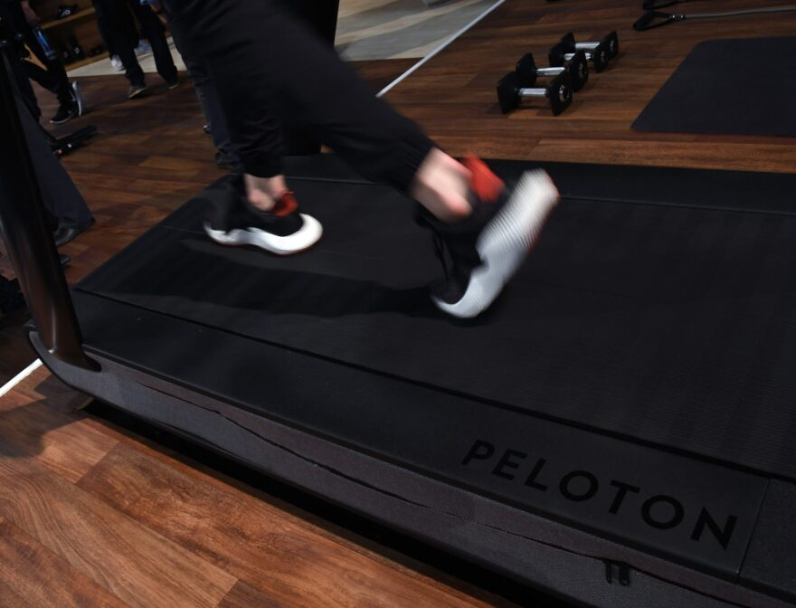 Gyms could grow quieter this week, as Americans weigh whether to bail on their New Year's fitness resolutions. (Ethan Miller/Getty Images)