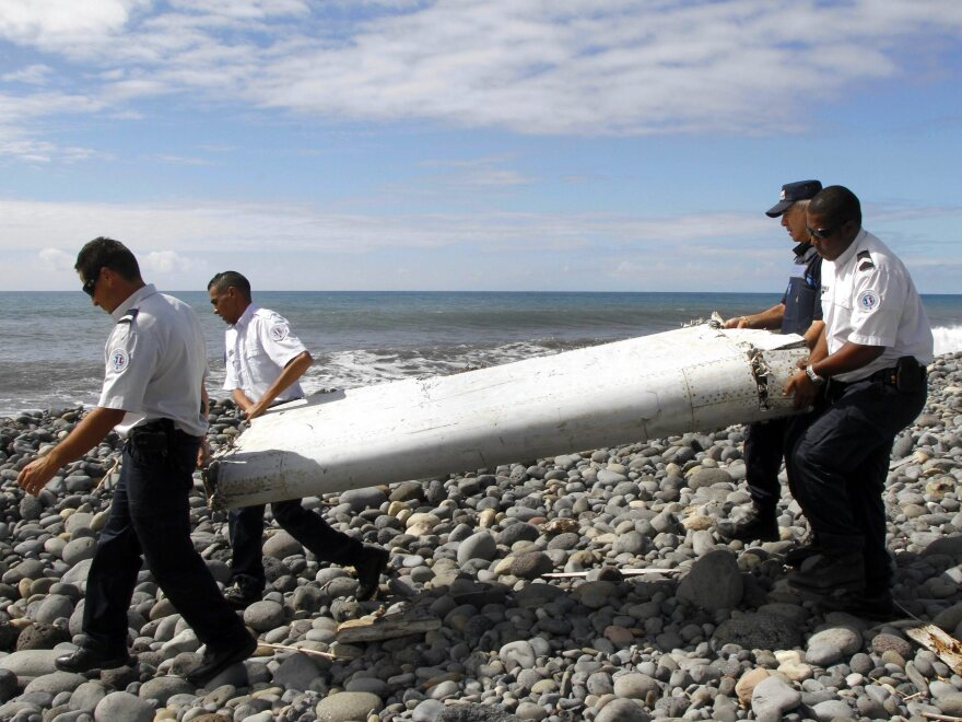 A new analysis of wing fragments recovered from the aircraft off the African coast and several small islands suggests the plane descended rapidly in its final minutes.