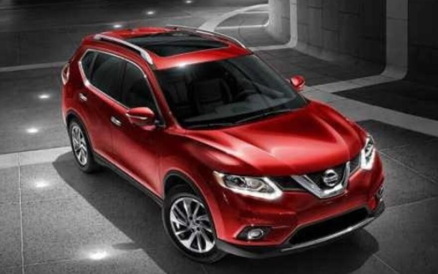 2016_Red_Nissan_rogue.jpg