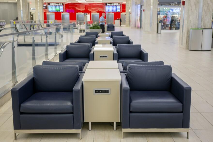 tampa_airport38_dm.jpg