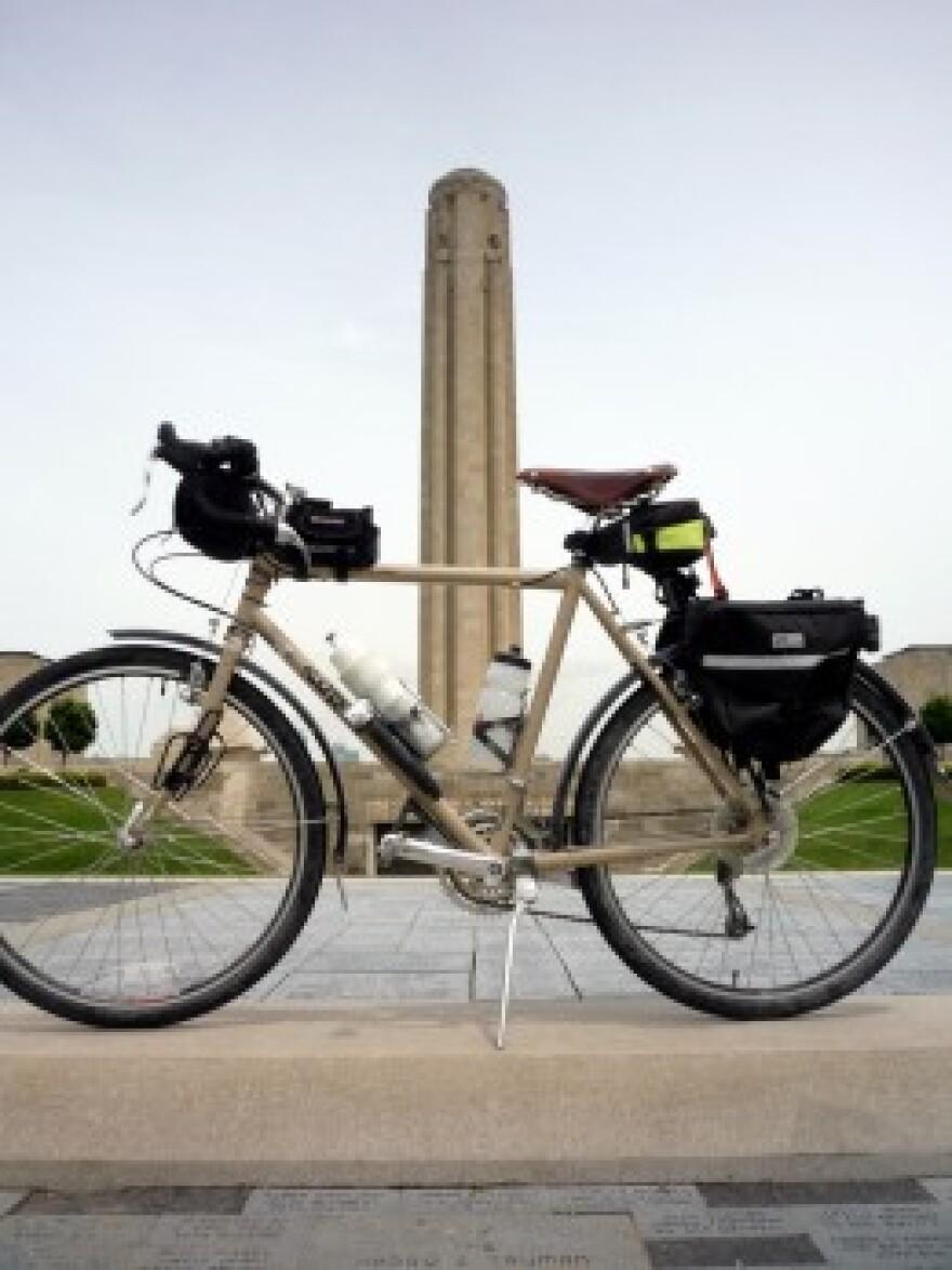 Bike_at_memorial.jpg