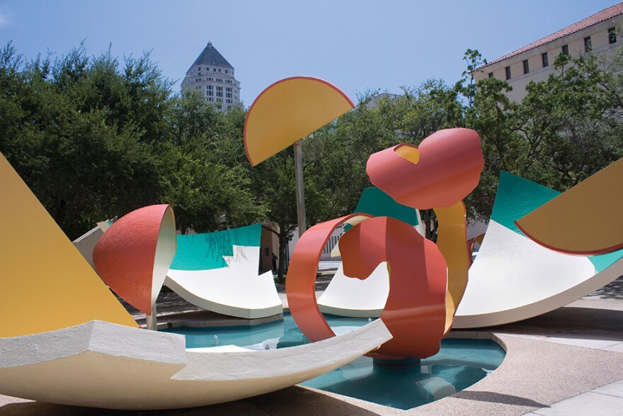 claes_oldenburg___coosje_van_bruggen__dropped_bowl_with_scattered_slices_and_peels__1990._image_courtesy_of_art_in_public_places__miami-dade_county_department_of_cultural_affairs.jpg