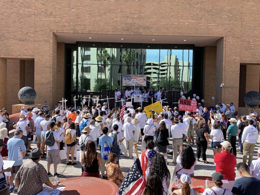 Courthouse-Rally-El-Paso-TERRAZAS-081019.jpg