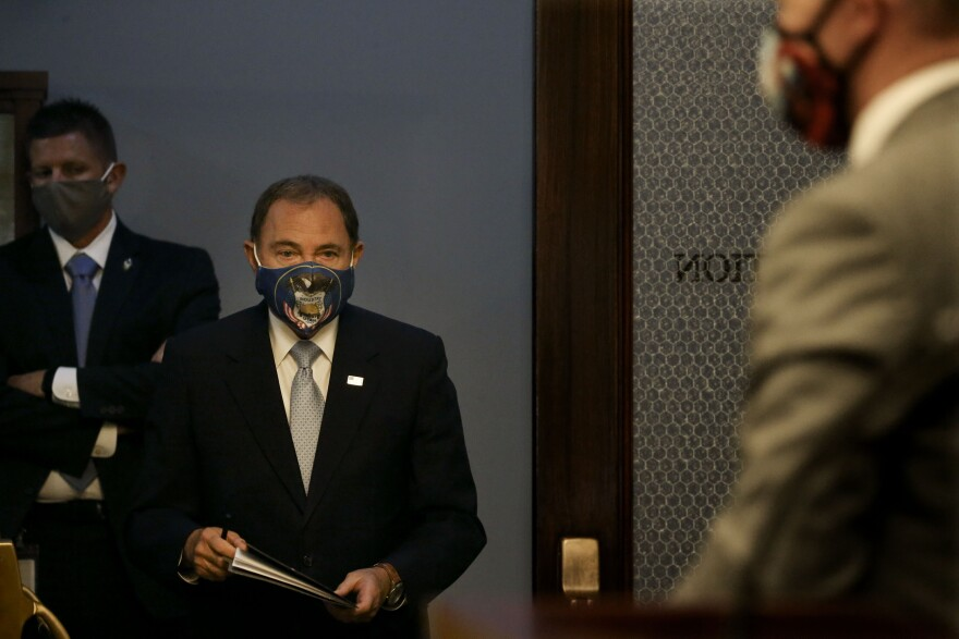 Photo of Gov. Gary Herbert wearing a face covering.
