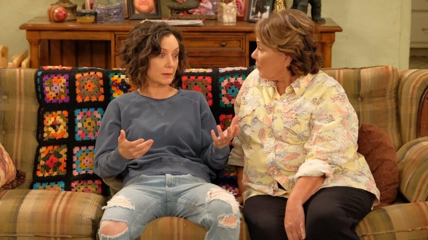 Sara Gilbert and Roseanne Barr in the return of ABC's <em>Roseanne</em>.