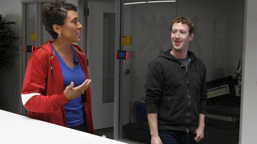 ABC's Robin Roberts, host of <em>Good Morning America,</em> (left) talks with Mark Zuckerberg, the founder and CEO of Facebook, in late April about the social network's push to get users to enroll as organ donors. This week Roberts is expected to receive a bone marrow transplant to treat  myelodysplastic syndrome.