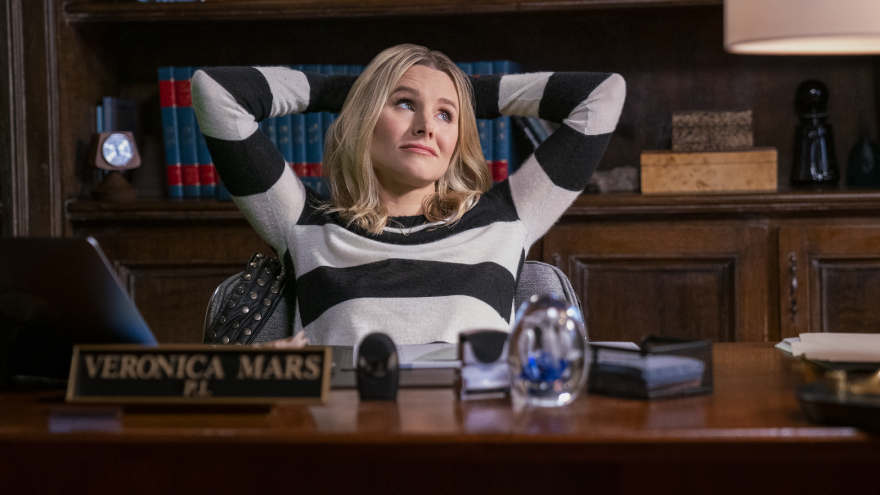 Kristen Bell is back as the wry title detective in Hulu's new season of <em>Veronica Mars.</em>