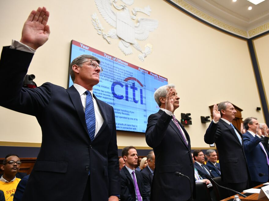 Citigroup Chief Executive Officer Michael Corbat (from left), JPMorgan Chase CEO Jamie Dimon and other top bank executives are sworn in before testifying before the House Financial Services Committee on Wednesday.