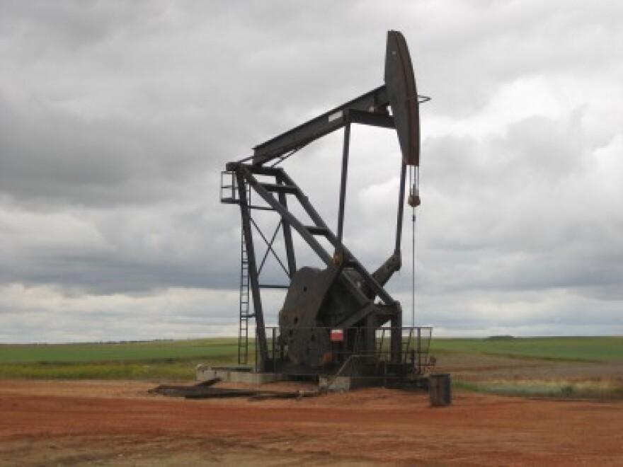 Fronteras_100914_oil-rig.jpg
