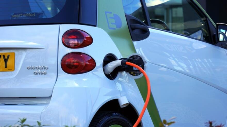 charging_electric_vehicle.jpg