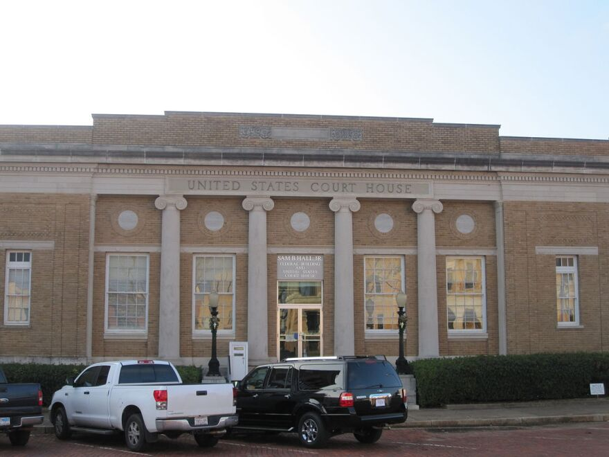 1200px-u.s._courthouse__sam_hall__in_marshall__tx_img_2333.jpeg