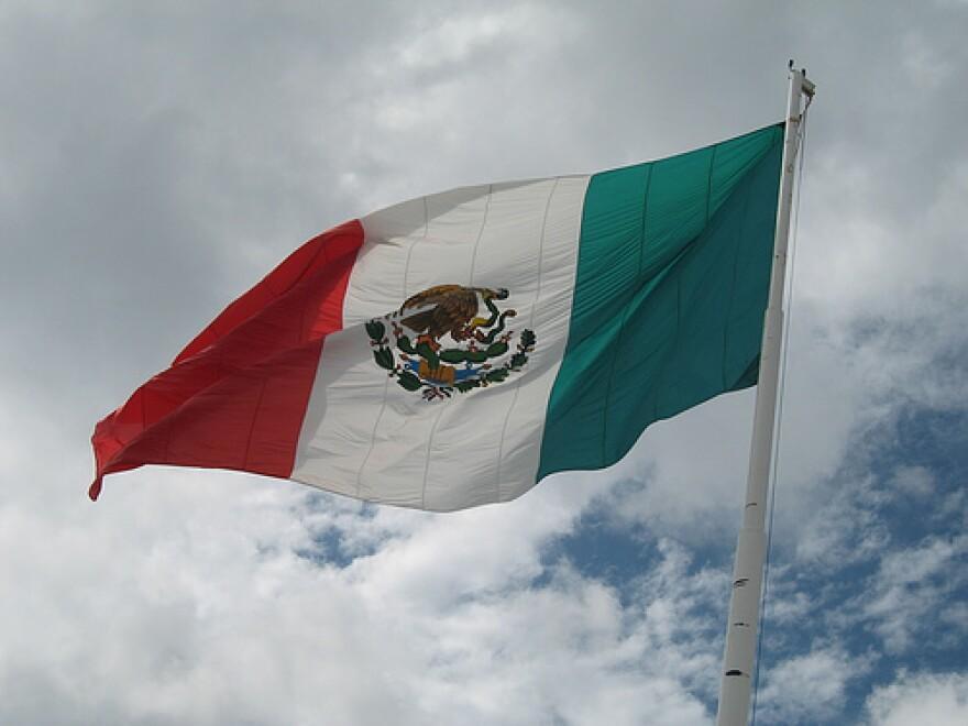 MexicanFlag.carlandkalah.jpg