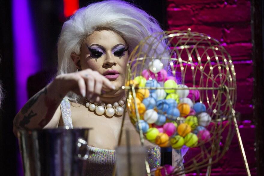 drag_bingo.jpg