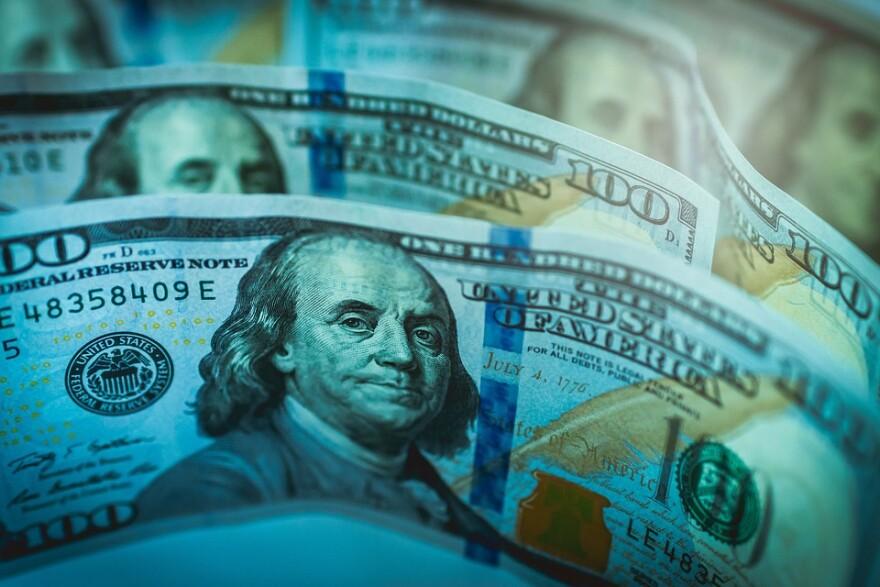 cash_money_100_bills.jpg