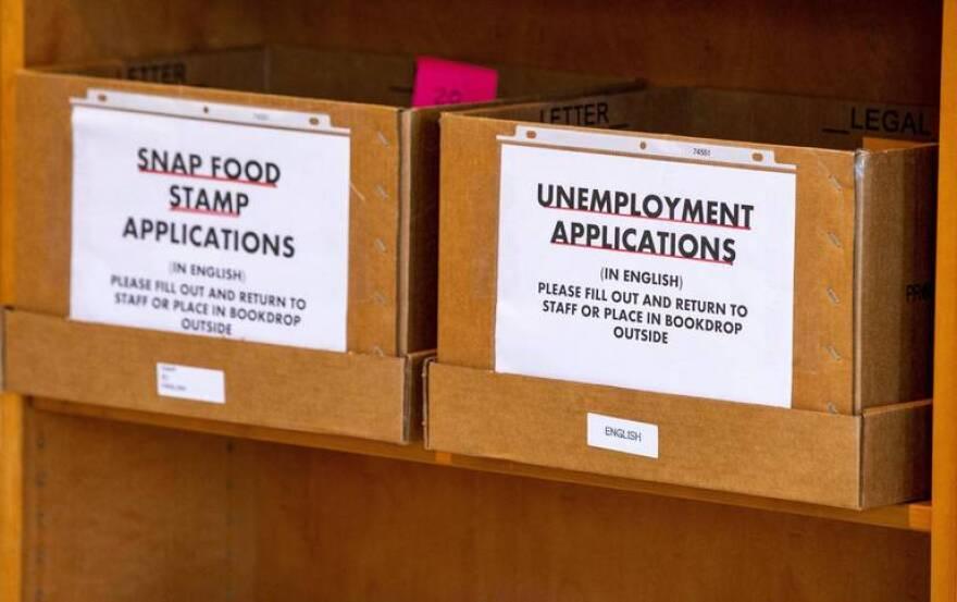 mia_unemployment_library_da__11_.jpeg