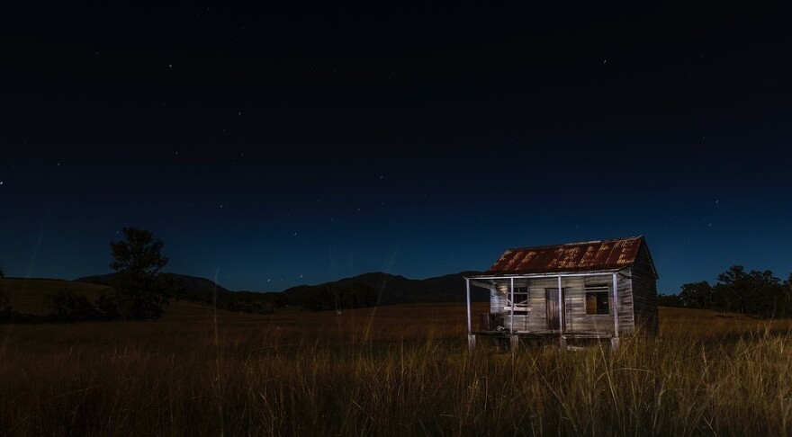 shack_at_night-hillbilly.jpg