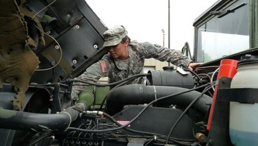 Mo._National_Guard,_via_Flickr-The_National_Guard-M._Queiser-Missouri_National_Guard.jpg