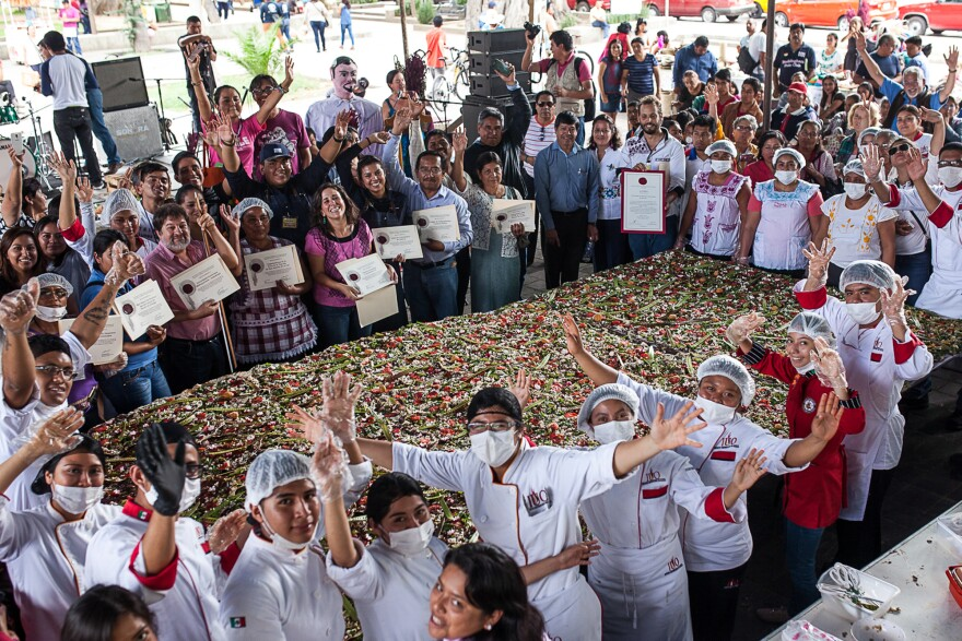In 2016 Puente staffers and volunteers made a 12-meter-square <em>tlayuda</em>, incorporating amaranth flour, cereal, seeds or leaves in every layer – the biggest ever of its kind, according to the National Group for Amaranth Promotion in Mexico.