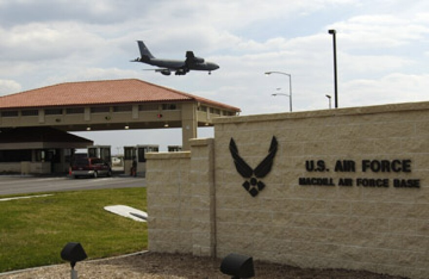 Mc_Dill_AFB-Gate.jpg