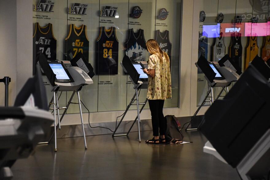 Voter at Vivant Smart Home Arena