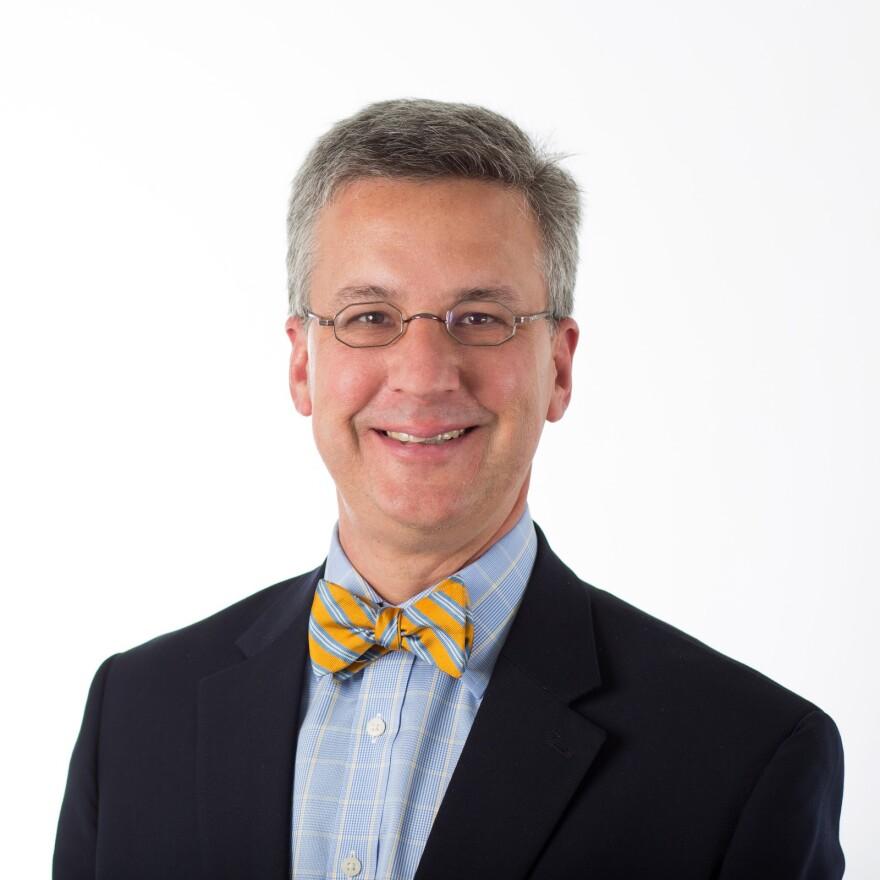 Photo of Dr. Adam Gordon.