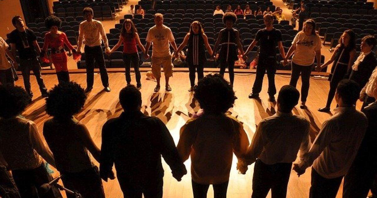 Almos Theatre cover image