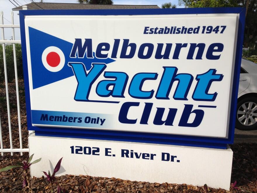 Melbourne Yacht Cloub sign_0.JPG