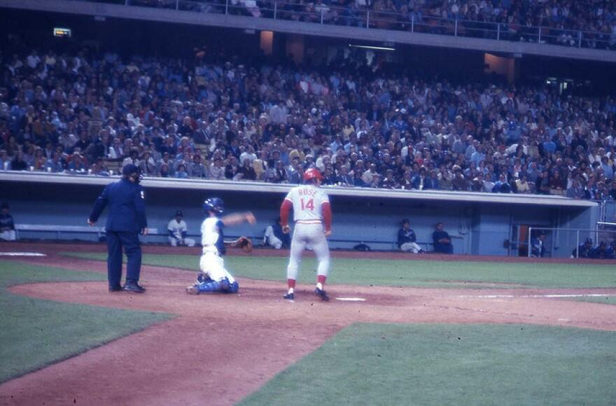 Pete Rose at bat