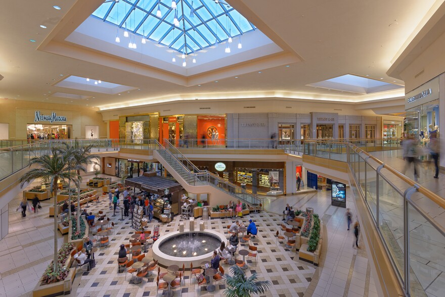 international_mall.jpg