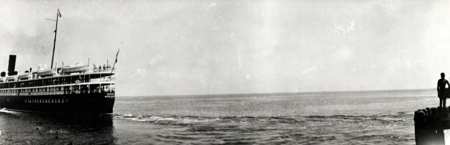 The steamship Cuba departs Trumbo Point in Key West.