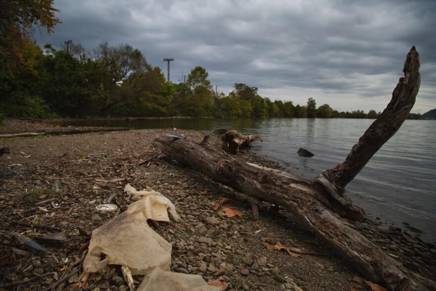 Trash near the Ohio River