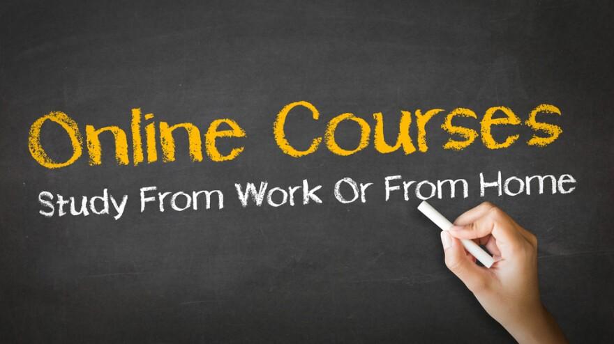 online_courses_shutterstock.jpg