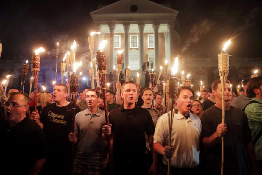 torches_in_charlottesville.jpg