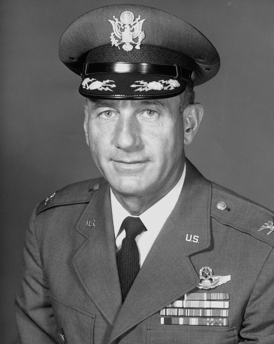 the_santa_colonel__us_air_force_colonel_harry_shoup.jpg
