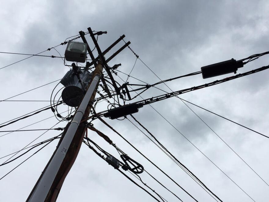 utility-telephone-pole-vpr-dobbs-20160407_5.jpg