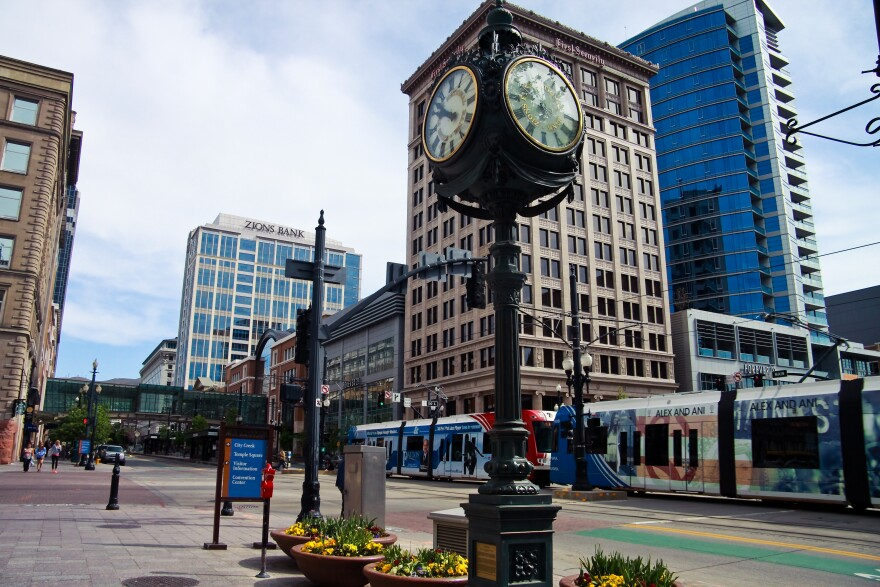 Photo of clock in downtown Salt Lake.
