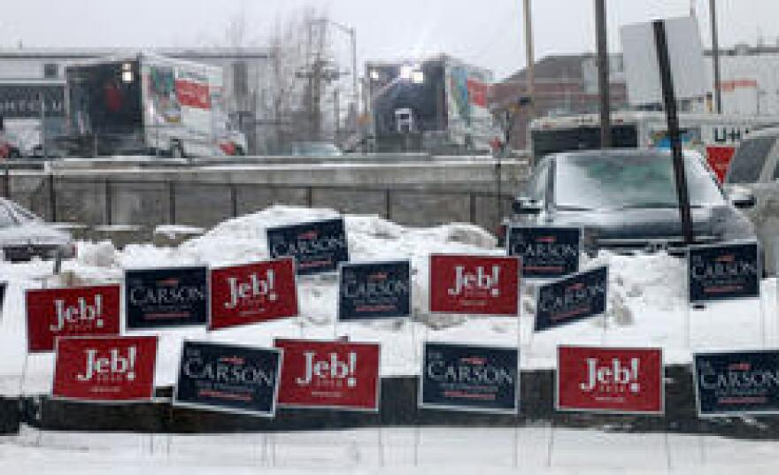 Campaign signs in Manchester, NH