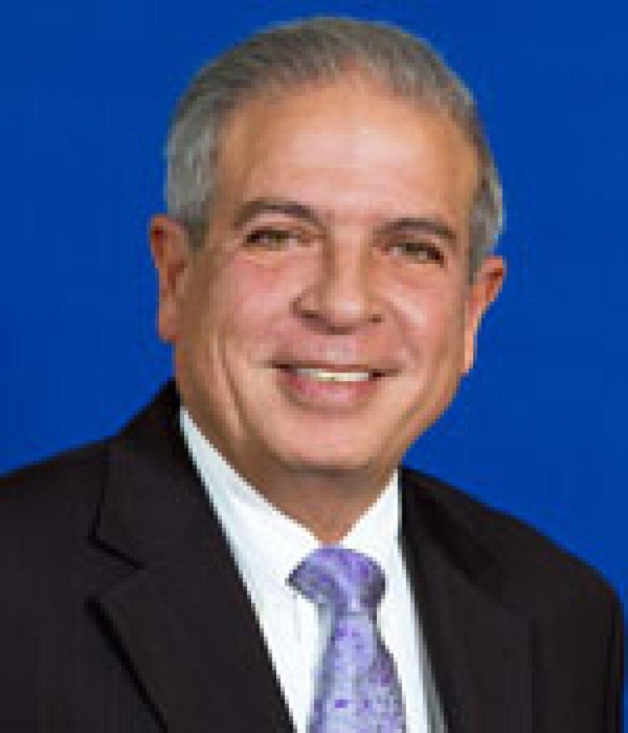 Mayor_Regalado.jpg